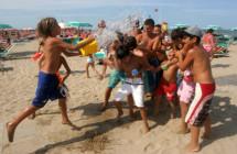"""La vacanza attiva tra mare, sport e buona tavola. A """"Ferienmesse"""" di Friburgo 14 operatori regionali"""