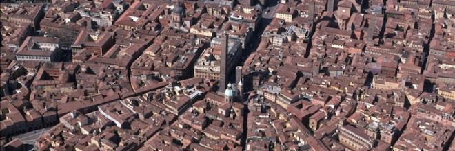 Bologna vista dall'alto con il tour delle Torri Sabato  5 marzo su Rai2 a Sereno Variabile
