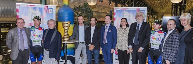 """Stampa e Tour operator tedeschi accolgono l'Emilia Romagna """"sui pedali"""" a Monaco di Baviera"""