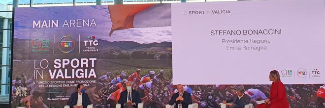"""""""Lo sport in valigia"""": cinque tappe per il turismo sportivo di domani"""