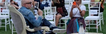 """Il Grand Hotel di Rimini diventa salotto culturale: dal 30 luglio torna """"Terrazza Dolce Vita"""" con tanti ospiti illustri"""